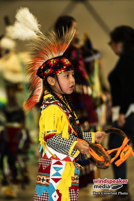 Tsuut'ina grand entry and intertribals 12